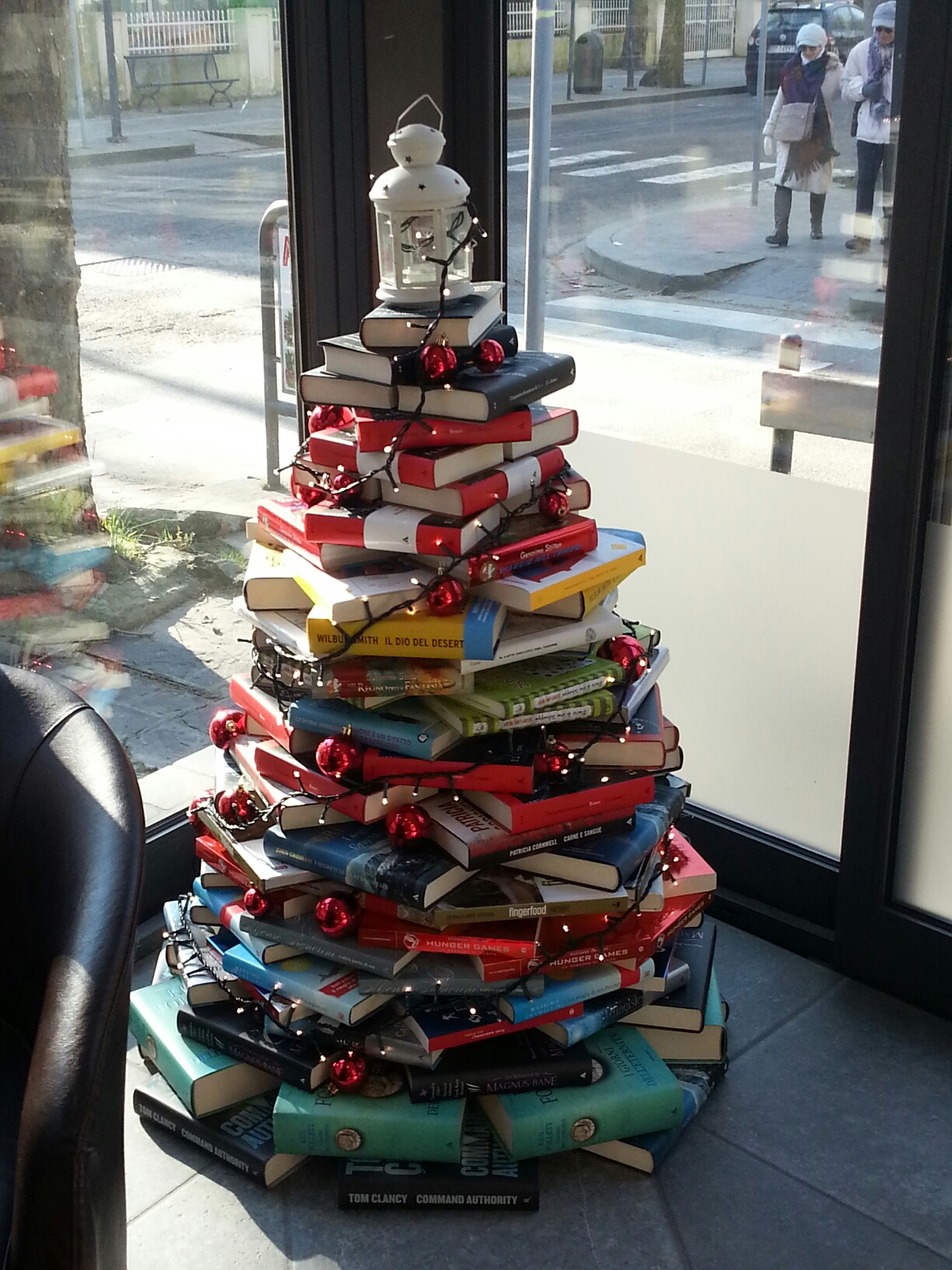 Christmas ( Book ) tree