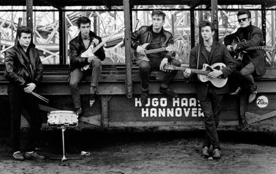 """Meet The Beatles"": JOHN LENNON 1960-1965: mostra bibliografica e I LIBRI DEI BEATLES"