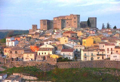 Il Castello di Melfi, il museo archeologico e i tesori della civiltà dauna